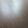長板水波紋系列-現代橡木10-超耐磨木地板/強化木地板