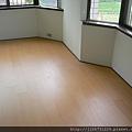 晶鑽-歐洲櫸木-P1090754-超耐磨木地板/強化木地板