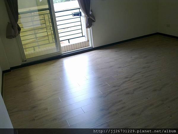 20110831192里斯本橡木.jpg