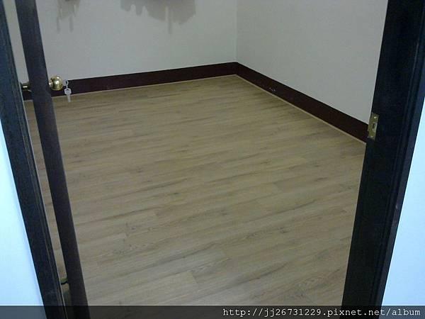 20111215501晶鑽-里斯本橡木.jpg