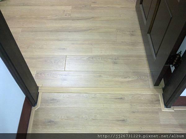 20111215502晶鑽-里斯本橡木.jpg
