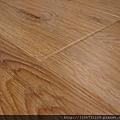晶鑽系列-里斯本橡木-黃光下2-超耐磨木地板/強化木地板