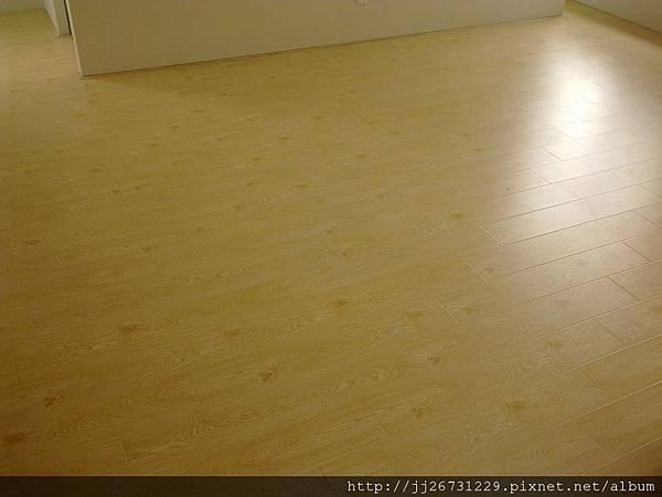 20120111579晶鑽-貝魯特.jpg