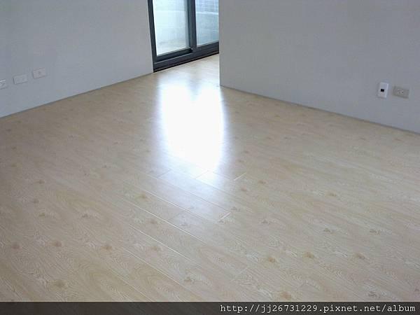 20120111581晶鑽-貝魯特.jpg