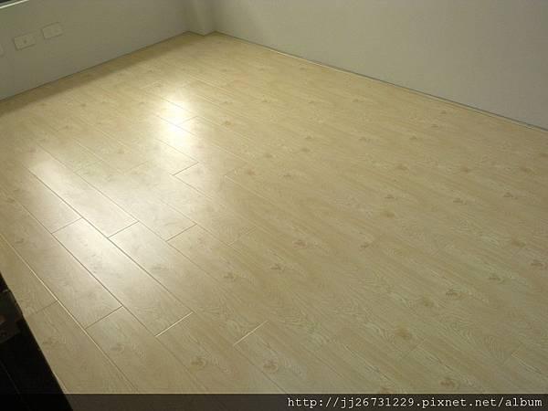 20120111584晶鑽-貝魯特.jpg