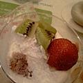 5.DUNKIN' DONUTS 我的草莓慕司-3