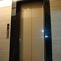 鋼琴面拍立扣-瑞士白橡-20120301-01-1前置作業5-超耐磨木地板/強化木地板