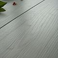 倒角-直紋白松4-超耐磨木地板/強化木地板