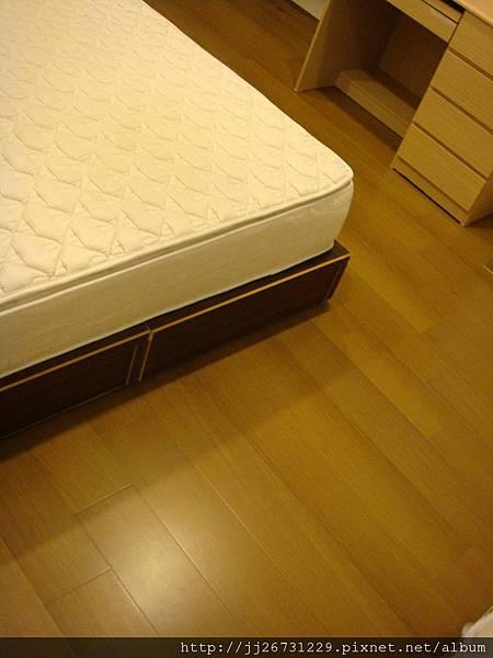 20120301鋼琴烤漆-瑞士白橡-08臥室一A1