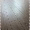 長板水波紋系列-現代橡木03-超耐磨木地板/強化木地板