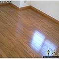 鋼琴面拍立扣-柚木-1203191093- 永和-超耐磨木地板強化木地板