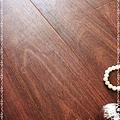 實木觸感 絲織真木紋系列-昆士蘭刺槐04-超耐磨木地板.強化木地板.JPG