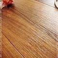 實木觸感 絲織真木紋系列-盧卡胡桃木02-超耐磨木地板.強化木地板.JPG
