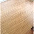 無縫抗潮-賓賓系列-12071410-靠窗1-經典柚木-三峽老街-超耐磨木地板 強化木地板.JPG