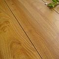 超耐磨強化木地板-長板中浮雕12mm-多倫多橡木03.jpg
