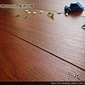 超耐磨強化木地板-長板中浮雕12mm-美洲紅檀01.jpg