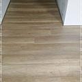 無縫抗潮-賓賓系列-阿爾卑斯橡木120808-04走道口04-宜蘭礁溪-超耐磨木地板 強化木地板.jpg