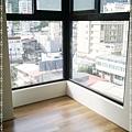 無縫抗潮-賓賓系列-阿爾卑斯橡木120808-06窗二02-宜蘭礁溪-超耐磨木地板 強化木地板.jpg