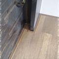 無縫抗潮-賓賓系列-阿爾卑斯橡木120808-02樓梯下09-宜蘭礁溪-超耐磨木地板 強化木地板.jpg