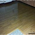 鋼琴面拍立扣-柚木-12032403-南崁 超耐磨木地板 強化木地板.jpg