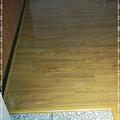 鋼琴面拍立扣-柚木-12032401-南崁 超耐磨木地板 強化木地板.jpg