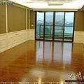 鋼琴面拍立扣-紅檀香-12041602-桃園南崁 超耐磨木地板 強化木地板.jpg