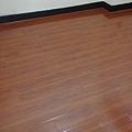 鋼琴面拍立扣-紅檀香(寬板)-12080602-桃園楊梅 超耐磨木地板 強化木地板.jpg