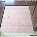 鋼琴面拍立扣-胡桃-12041301-超耐磨木地板 強化木地板.jpg