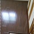 鋼琴面拍立扣-胡桃-12041304-超耐磨木地板 強化木地板.jpg