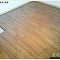 鋼琴面拍立扣-柚木-12042703-桃園-超耐磨木地板強化木地板.JPG