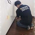 新拍立扣-胡桃-12072710-桃園八德義勇街 超耐磨木地板 強化木地板.jpg