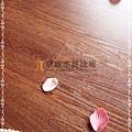 無縫抗潮 同步真木紋-復古紅橡木1-超耐磨強化木地板