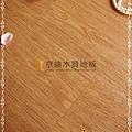 無縫抗潮 同步真木紋-黃金橡木1-超耐磨強化木地板