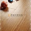 無縫抗潮 同步真木紋-黃金橡木2-超耐磨強化木地板