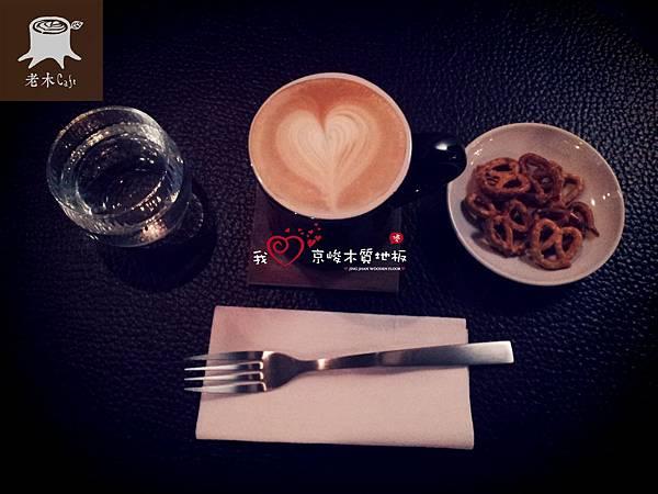 大安區老木咖啡2013082407玫瑰拿鐵.jpg