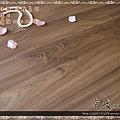 無縫抗潮 浮雕系列-拿鐵橡木3-超耐磨強化木地板.JPG