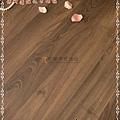 無縫抗潮 浮雕系列-拿鐵橡木5-超耐磨強化木地板.JPG