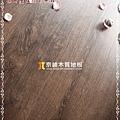 無縫抗潮 浮雕系列-咖啡橡木6-超耐磨強化木地板.JPG