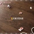無縫抗潮 浮雕系列-咖啡橡木2-超耐磨強化木地板.JPG