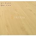 無縫系列-洗白松木-土城8014121-超耐磨木地板.jpg