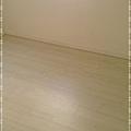 真木紋系列-精緻白橡木-新莊  超耐磨木地板.強化木地板 (5).jpg