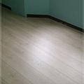 2v倒角系列-波恩榆木-超耐磨木地板強化木地板-01.jpg