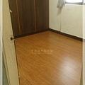 倒角系列-經典紅橡-中山區 超耐磨木地板 (2).jpg