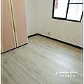 倒角窄板系列 新天鵝板 超耐磨木地板 (1).jpg