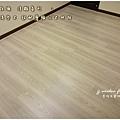 無縫抗潮 浮雕系列-田園淺岑木 超耐磨木地板 次臥1 (3).jpg
