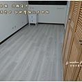 無縫抗潮 浮雕系列-田園淺岑木 超耐磨木地板 次臥2(3).jpg