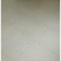 無縫簡約-原色柚木-超耐磨木地板 -主臥(2).jpg