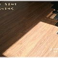 無縫簡約-原色柚木-超耐磨木地板-次臥 (2).jpg