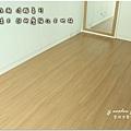 無縫抗潮浮雕系列-直紋橡木-三峽北大-超耐磨木地板-次臥1-3.jpg