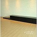 無縫抗潮浮雕系列-直紋橡木-三峽北大-超耐磨木地板-客廳1-10.jpg